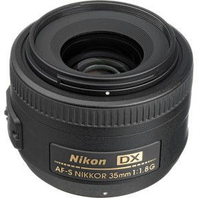Nikon DX 35mm f/1.8